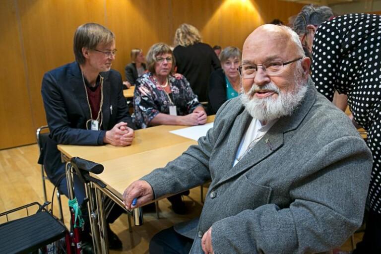 Politikern Matti Wahlström (V) från Kristdala deltog i ett seminarium om boende på landsbygden. Han berättar att han har hyrt ut sitt hus och själv flyttat in till stan.