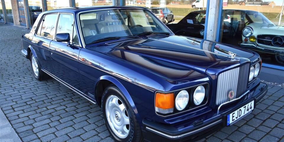 Brooklandmodellen är en bra representant för Bentleys 80- och 90-tal, den sista tiden då bilmärket fortfarande hängde intimt samman med Rolls-Royce.