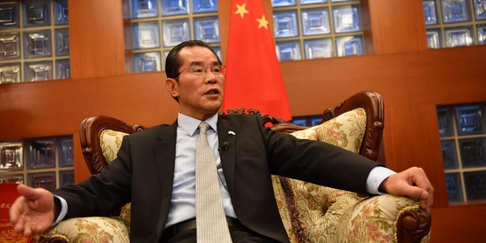 Flera partier kräver att Kinas ambassadör Gui Congyou ska utvisas ur Sverige.