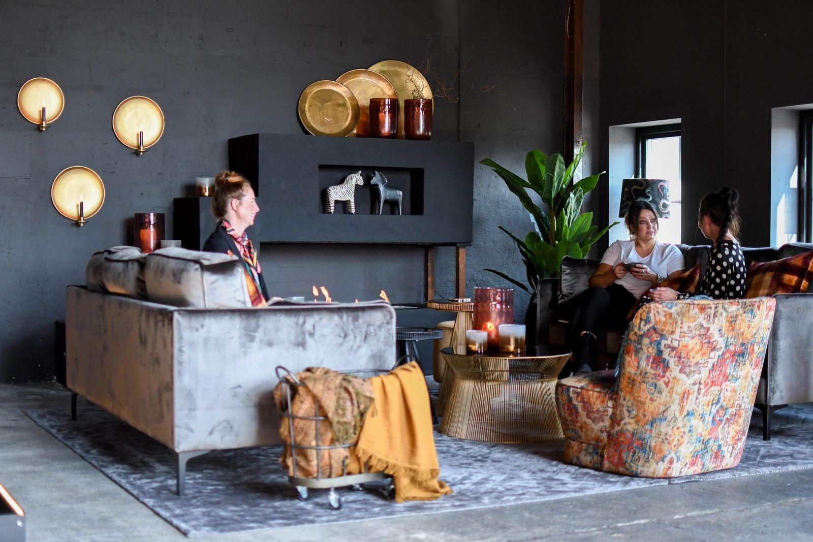 Renoveringen av nya lokalen på Herrestadsgatan inleddes i december och avrundades i somras. Förra veckan öppnade House of Success sitt nya showroom officiellt.