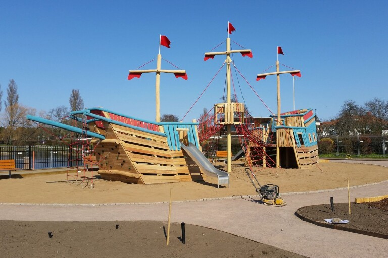 Barnvänlig invigning av Sveriges största lekskepp