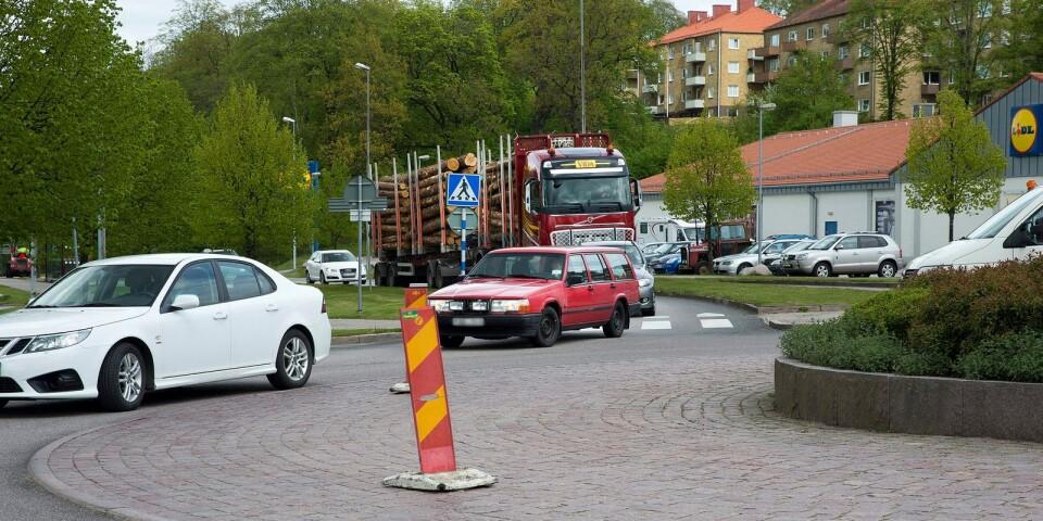 Det är si och så med trafikkunskaperna i Ulricehamn, anser skribenten.