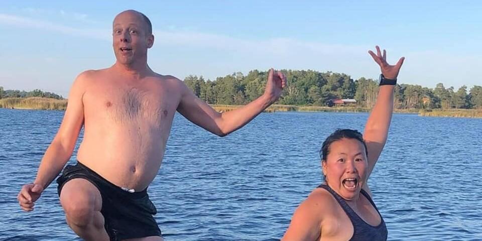 Tack Susann Carnesten för din flitiga rapportering i vår Facebookgrupp Badtemperaturer i Kalmar län. 16 grader i vattnet vid Koudden i Kalmar var det klockan 17 tisdagen den 22 september och då togs den här härliga badbilden.