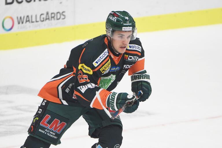 Ischias, en elakartad sådan, stoppar Victor Löfstedt från spel med Olofströms IK.