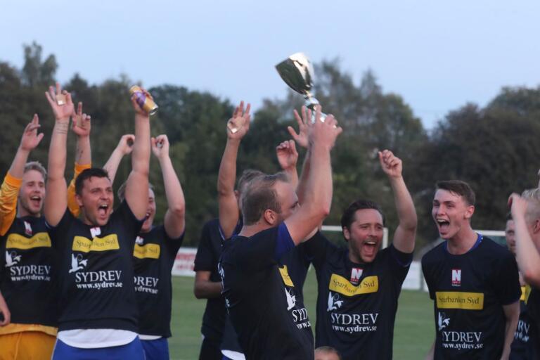 Det jublades högt i Rydsgård efter att laget vunnit herrarnas YA-cup 2019.