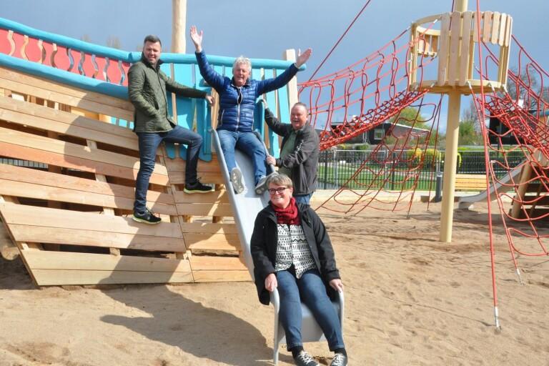 Film: Snart invigs nya lekplatsen i Bäckmans park