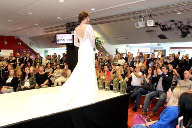 Bröllopsmässa flyttas till nästa år