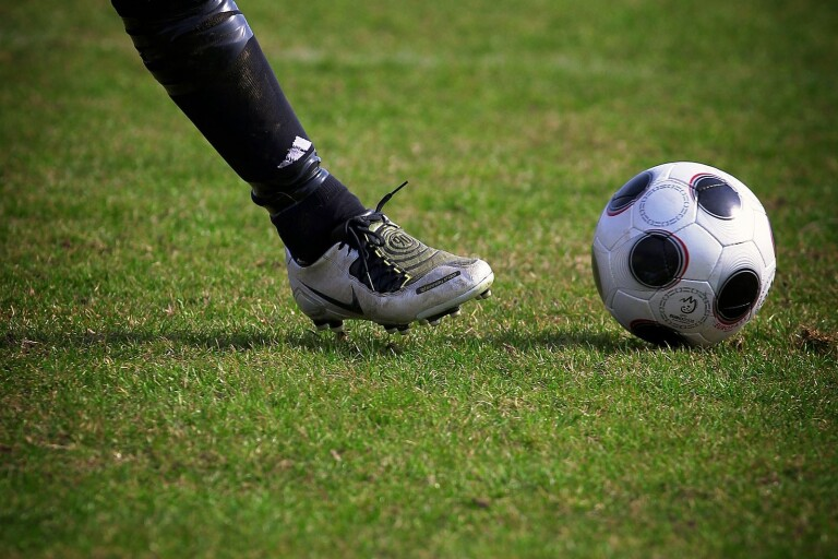 Fotboll: Sjöbo IF tog över serieledningen