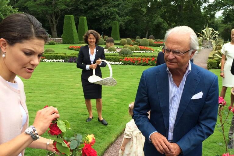 Kungen delar ut pris i tävling på Solliden