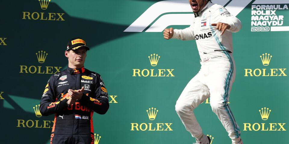 Max Verstappen, till vänster, är trött på att se Lewis Hamilton fira. Arkivbild.