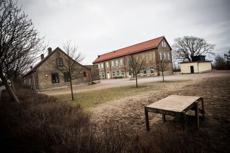 Östra skolan är en av fyra grundskolor i kommunen som bör avvecklas enligt förslag i en ny utredning som bildningsförvaltningen beställt.