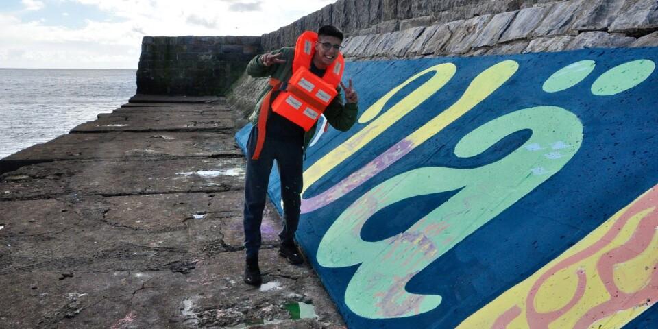 Adam Abou-arab har målat Ä:et i ordet välkommen.