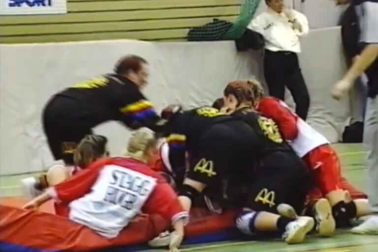 1994: Här ser du matcherna i skolrugbyn