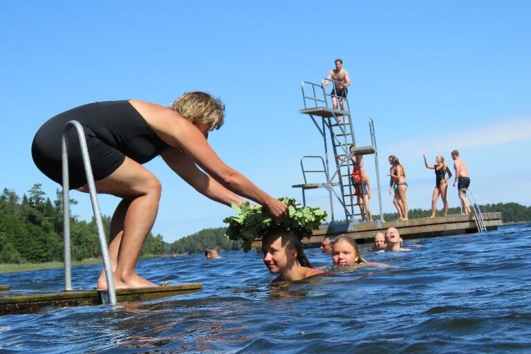 Sommarens simskola lockade många