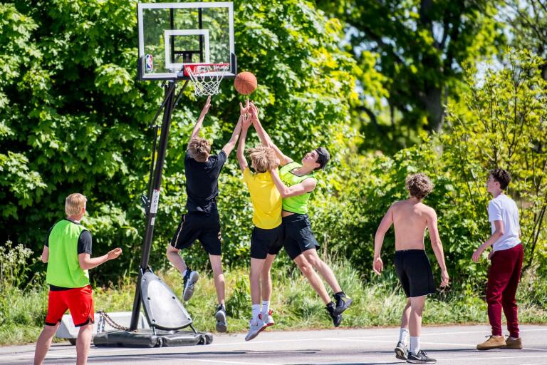 Karlskrona Basketklubb. Torskors. Basketklubbens nya utomhusplan