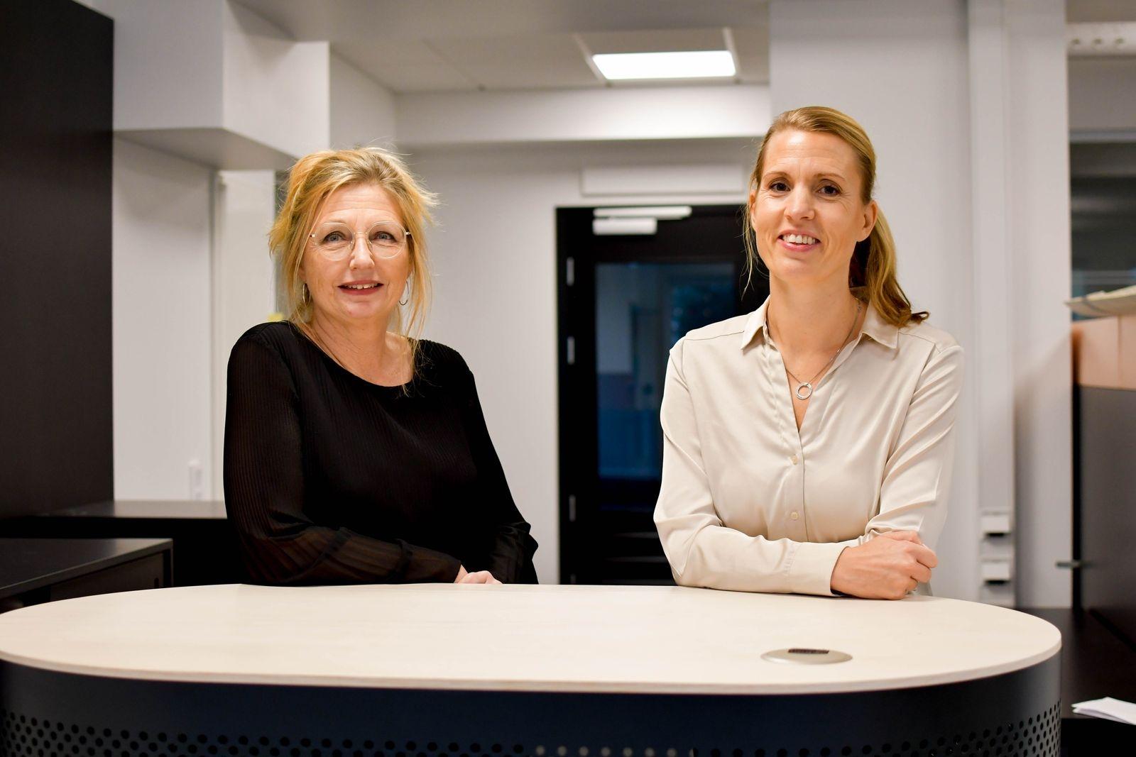 Caisa Persson, kontorschef, Erika Åberg, kundrådgivare, och deras kollegor på Sparbanken Skåne ser fram emot ett nytt år i nya lokaler.