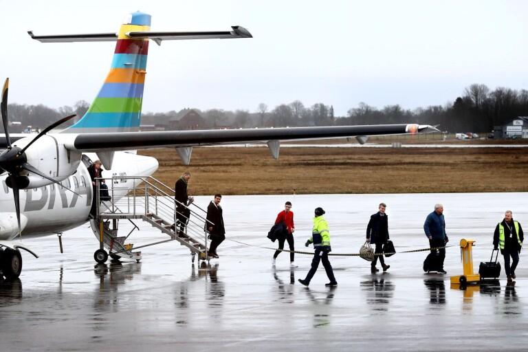"""""""Omedelbara åtgärder krävs för att rädda regional- och inrikesflyget"""""""