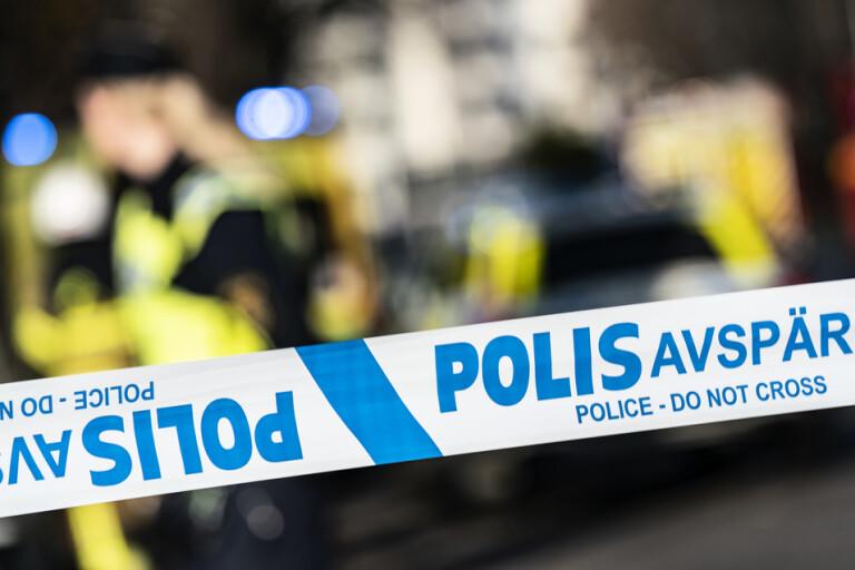Kvinna anhållen efter explosion utanför Borås