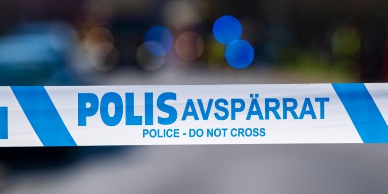Polisen har spärrat av en fastighet utanför Klagstorp efter ett narkotikatillslag.