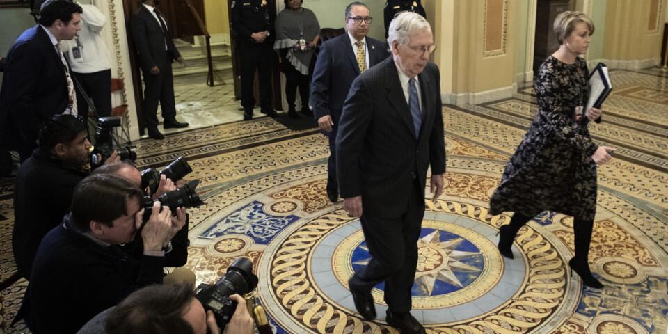 Republikanernas gruppledare Mitch McConnell ser helst inte att riksrättsprocessen drar ut på tiden längre än nästa vecka.