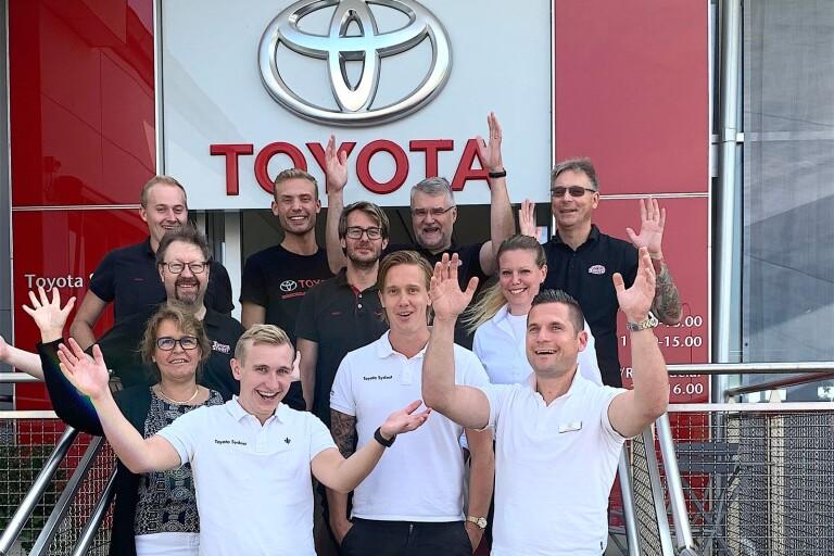 Toyota Sydost firar tio år med rekordsiffror