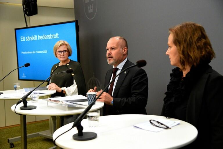 Hermansson: Hedersbrott kräver sin lag