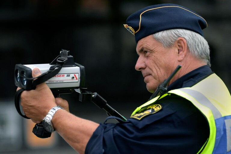Trimmad A-traktor stoppad av polis