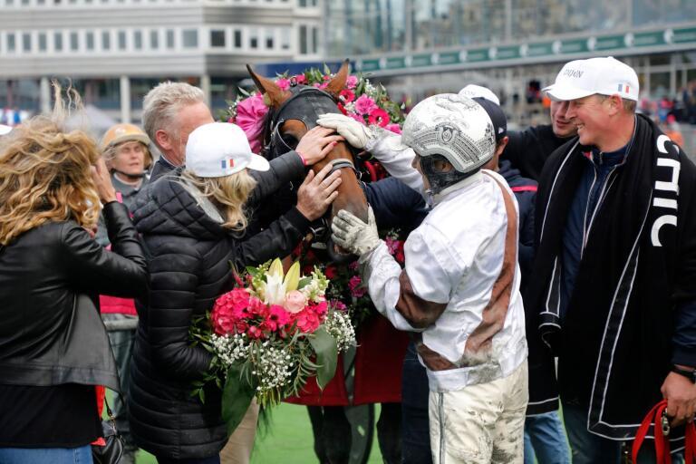 Den franska hästen Dijon, körd av kusken Romain Derieux, vann Elitloppet i fjol. Årets lottning bäddar möjligen för en ny skräll enligt sportkrönikör Nilsson.
