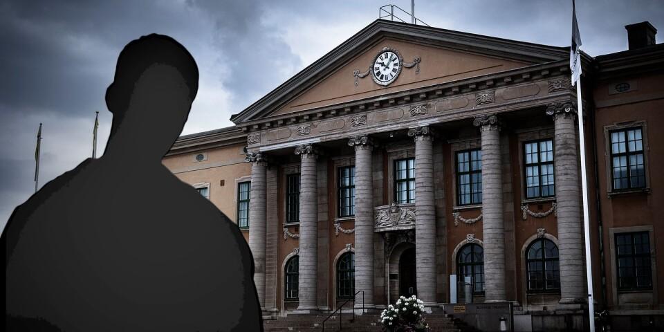 Den bedrägerimisstänkte affärsmannen åtalas nu vid Blekinge tingsrätt för 96 fall av grovt bedrägeri. Rättegången är planerad att inledas den 9 december.