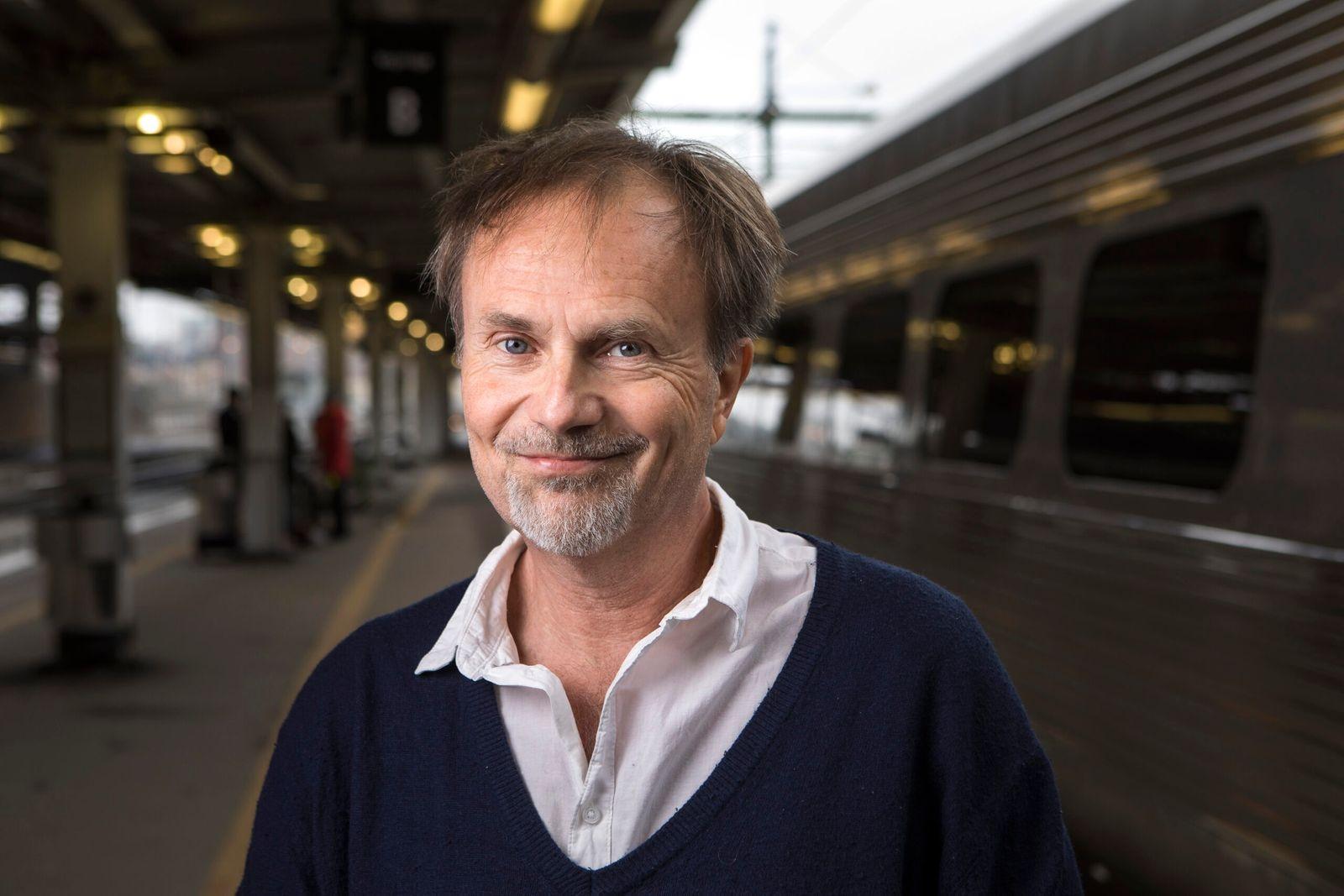 """""""Ta tåget ut i världen"""" Per J Andersson 11 november."""