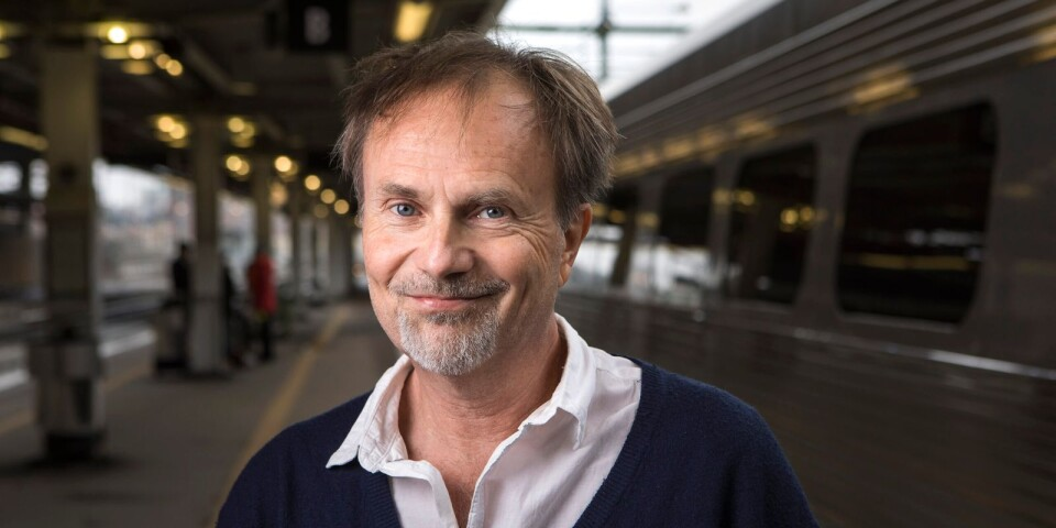 Per J Andersson gästar Tomelilla bibliotek.