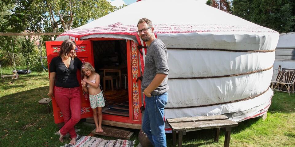 Familjen stortrivs i jurtan som är isolerad med ull och klädd med canvastyg.