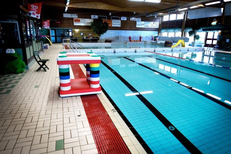 Lokala restriktioner förlängs – lättnader för simhallen