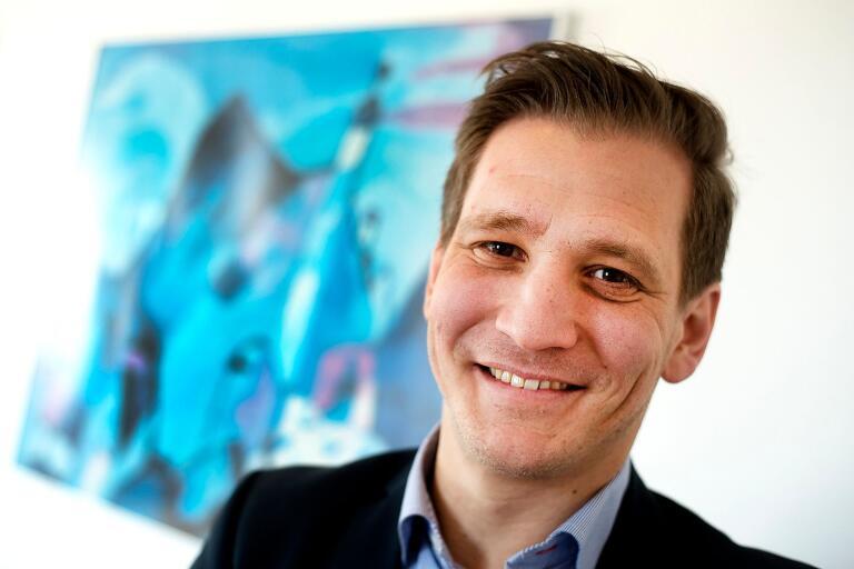 Fredrik Persson själv företagare i grunden ska serva Östra Göinges företagare framöver.