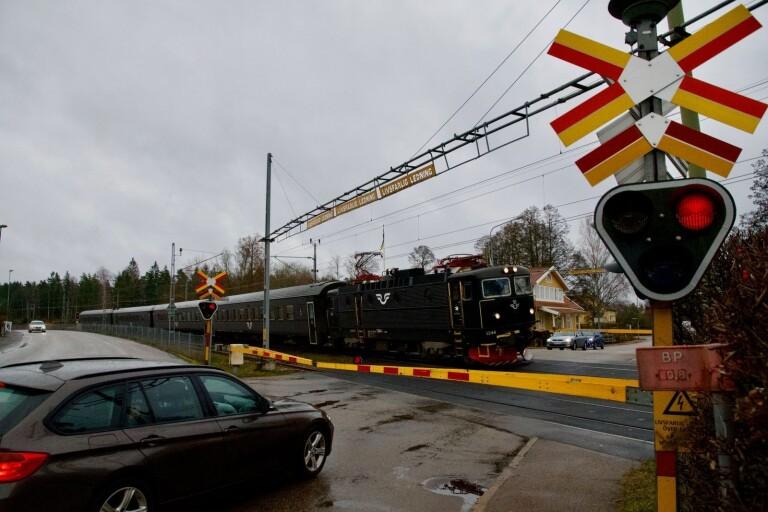 Utredning visar: Stängning av järnvägskorsningen måste göras