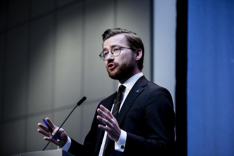 Norges klimat- och miljöminister Sveinung Rotevatn (Venstre). Arkivbild.