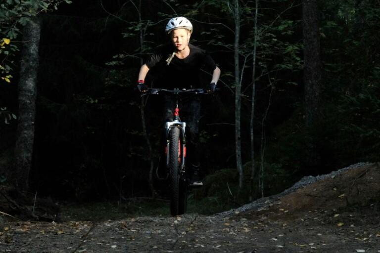 """Nybyggd mountainbikebana välbesökt: """"Många har engagerat sig"""""""