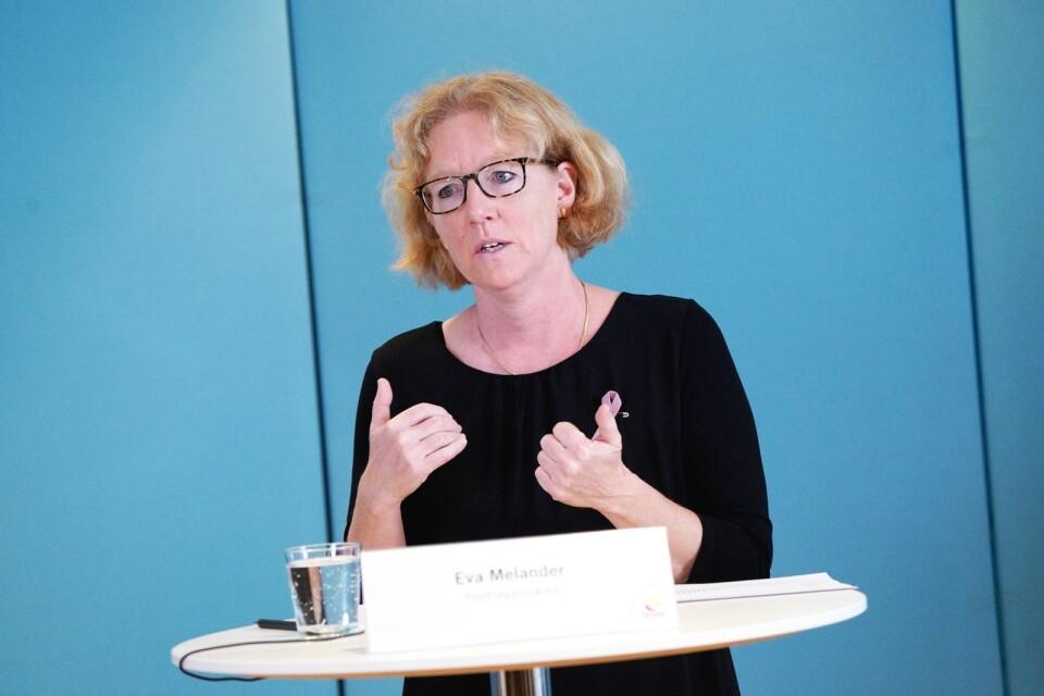 """We must apply the brakes"", says Eva Melander, infection control doctor in Region Skåne."