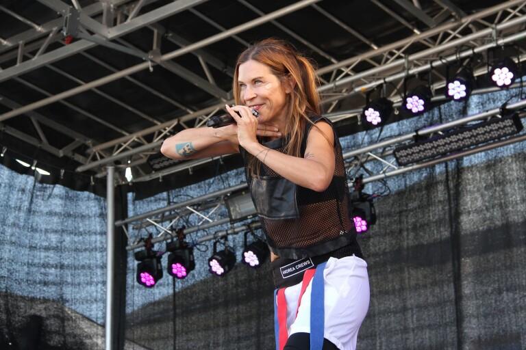Festivalen invigdes med körsång