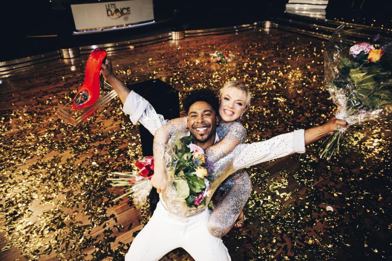 """John Lundvik är, tillsammans med danspartnern Linn Hegdal, årets segrare i """"Let's dance"""" i TV4. Deras shownummer bestod av lika delar eld och atletiska lyft. Pressbild."""