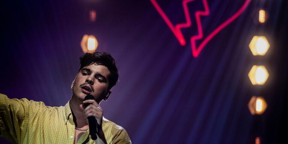 Oscar Zia gör sitt första besök i Borås i samband med Sommartorsdagsinspelningarna.