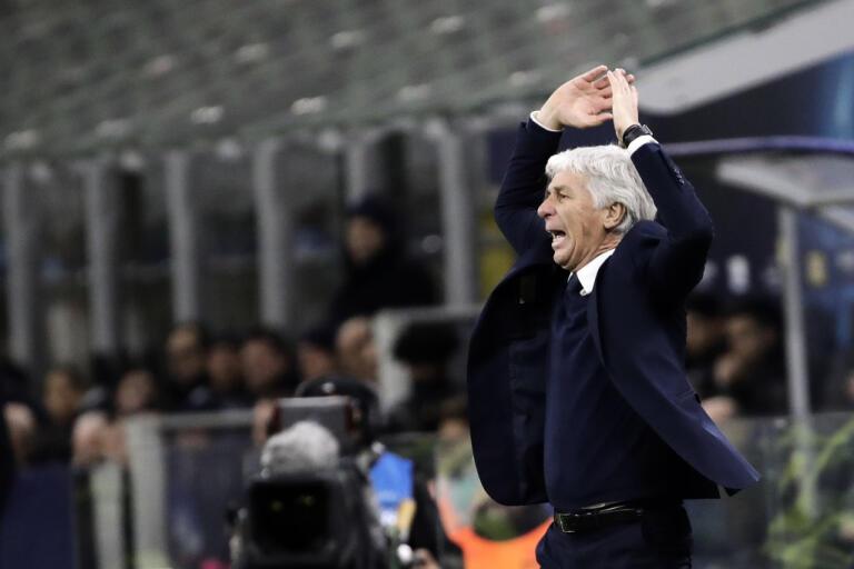 Atalantas tränare Gian Piero under den första matchen mot Valencia, på San Siro i Milano, den 19 februari.