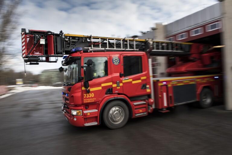 Sölvesborg: Brand i container orsakad av fyrverkeripjäs