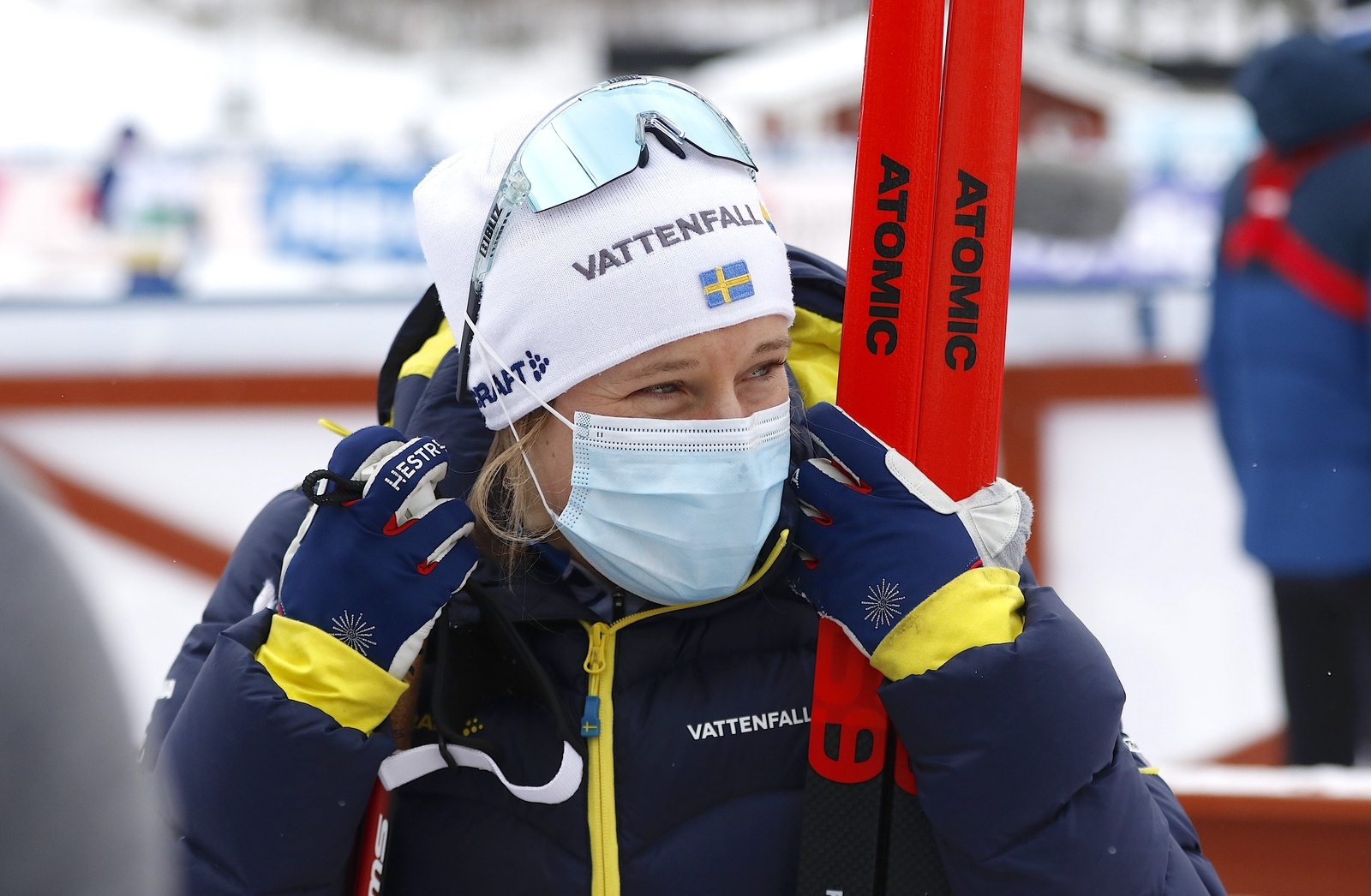 Hanna Falk hade ont efter teamsprinten vid världscupen i Ulricehamn 2021