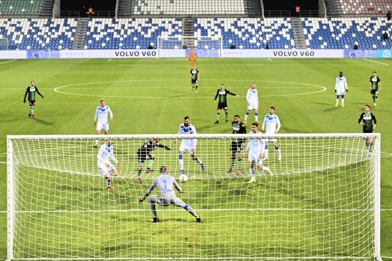 Måndagens Serie|A-match mellan Sassuolo och Brescia var den sista att spelas innan all sport förbjöds i Italien.