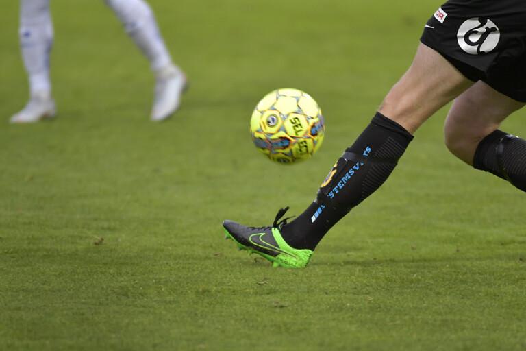 Fotboll: Supersöndag utan publik – BT ser matcherna åt er