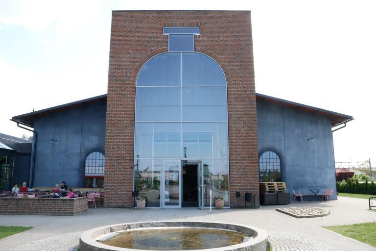 Vid Glasets hus i Limmared ska det nu byggas en aktivitetspark.