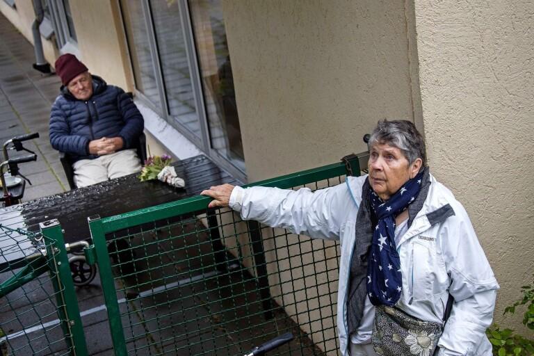 """Svea och Henry får inte kramas – efter 67 år som gifta: """"Jag saknar närheten"""""""