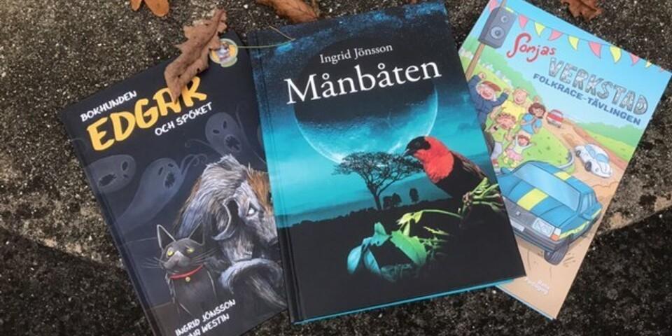 """""""Månbåten"""" har nyligen fått litteraturstöd av Kulturrådet. """"Bokhunden Edgar och spöket"""" samt """"Sonjas verkstad - Folkracetävlingen"""" är Ingrid Jönssons senast utgivna böcker."""