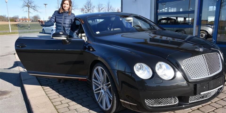 Continental GT är snabb och smäcker och skulle absolut vara Caroline Nilssons förstahandsval om hon skulle köpa en Bentley. Som koordinator på Auto Classica är hon dagligen omgiven av klassiska bilar.
